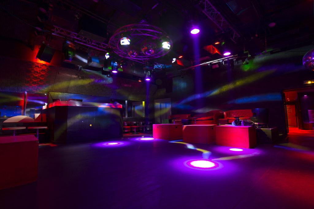 site de rencontre de gay clubs à Troyes